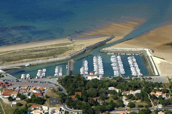 Douhet Road Marina