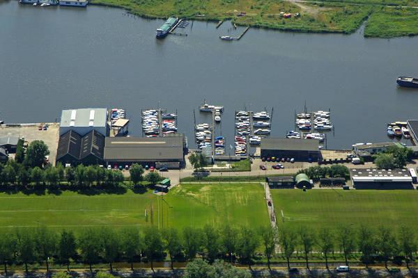De Onderlinge Yacht Harbour