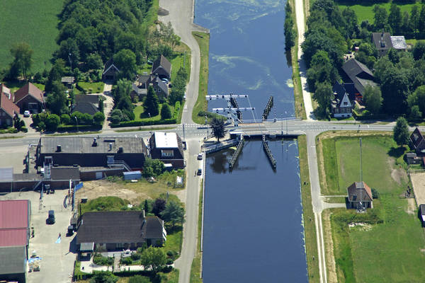 Vries Bridge