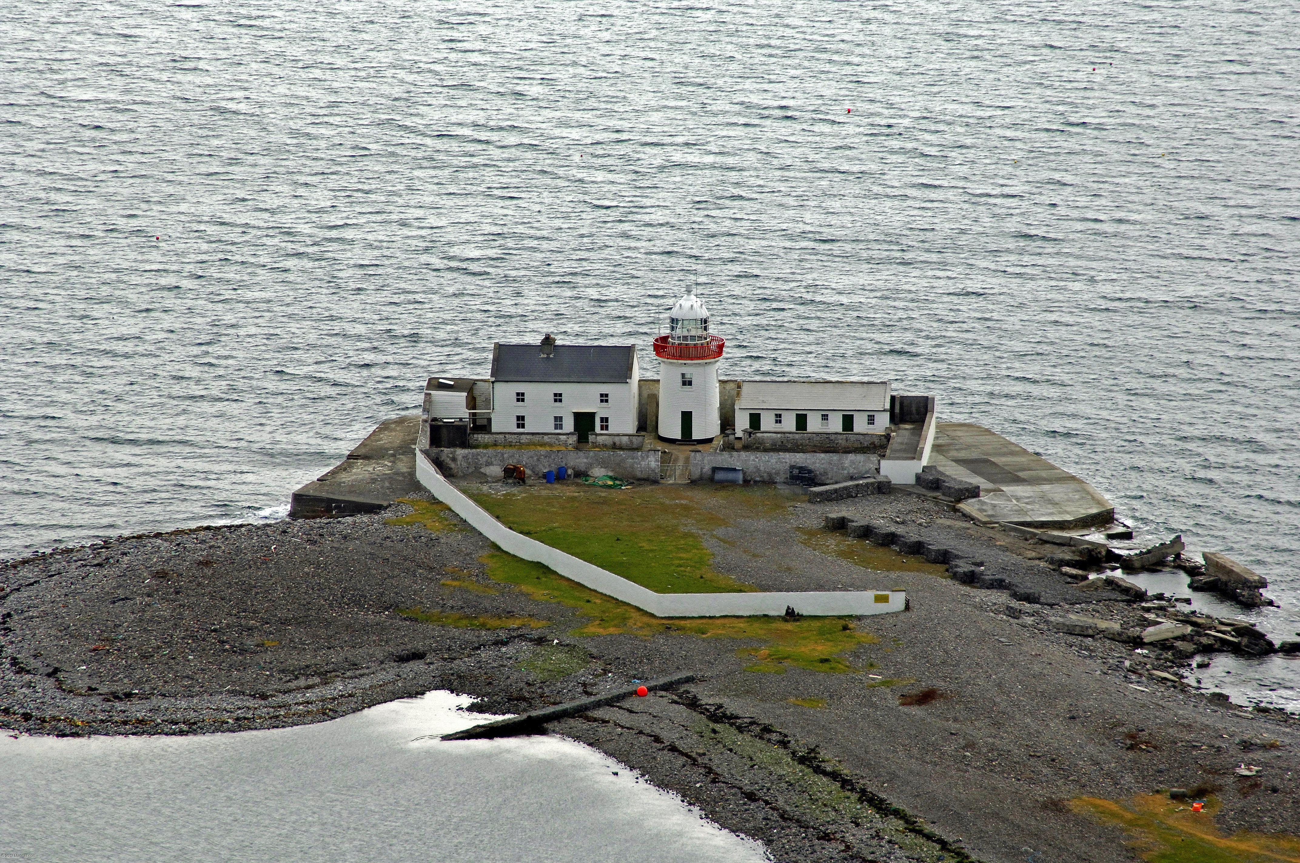 Inishgort light lighthouse in inishgort westport bay for Westport ireland real estate