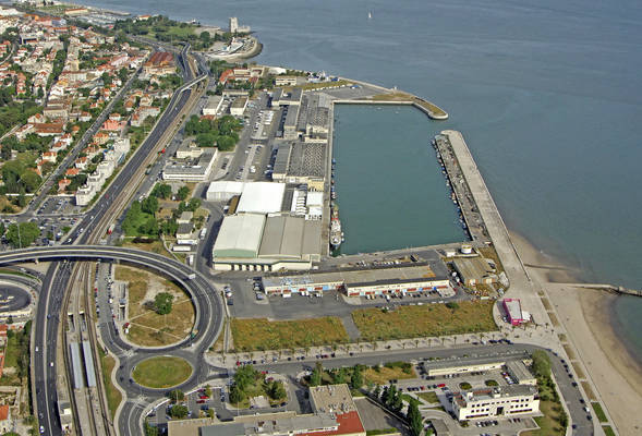 Alges Marina