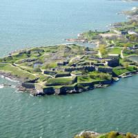 Kustaanmiekka Fort