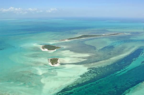 Sandy Cay and Cormorant Cay