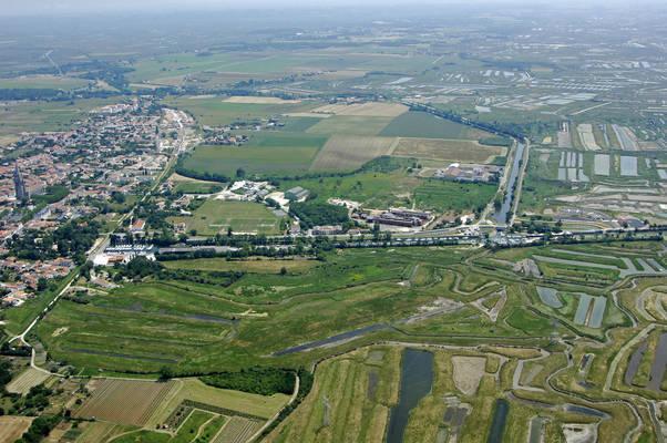 Port Des Seines Marina