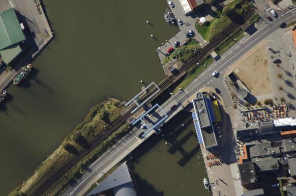 Husum Hafen Bridge