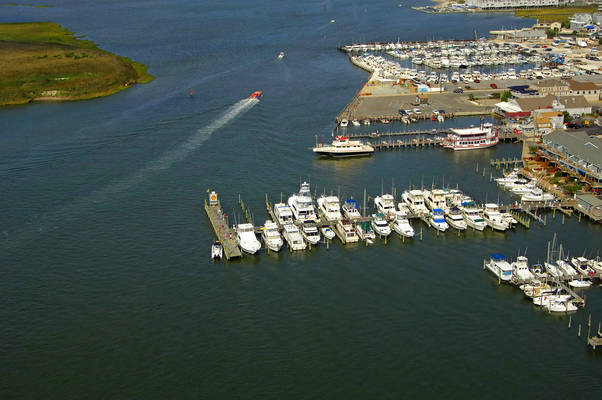 Beach Haven Yacht Club Marina