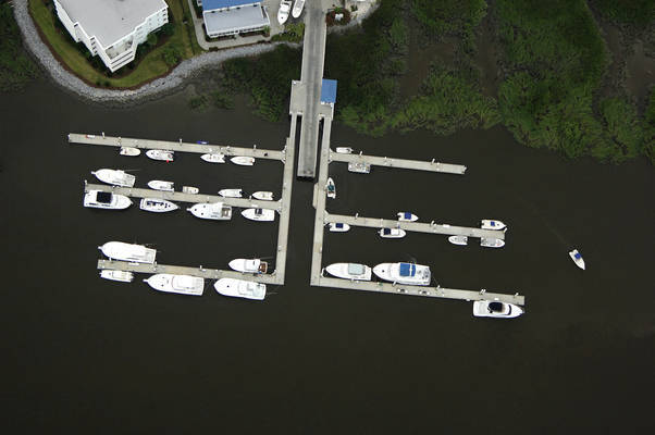 Bahia Bleu Morningstar Marina