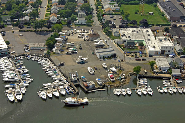 Al Grovers High & Dry Marina