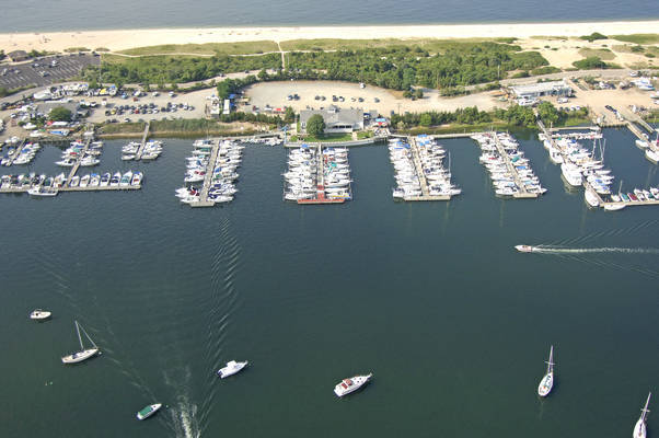 Mount Sinai Yacht Club