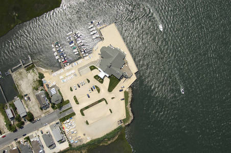 Avalon Yacht Club