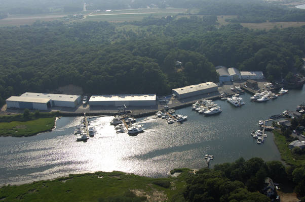 Strong's Yacht Center