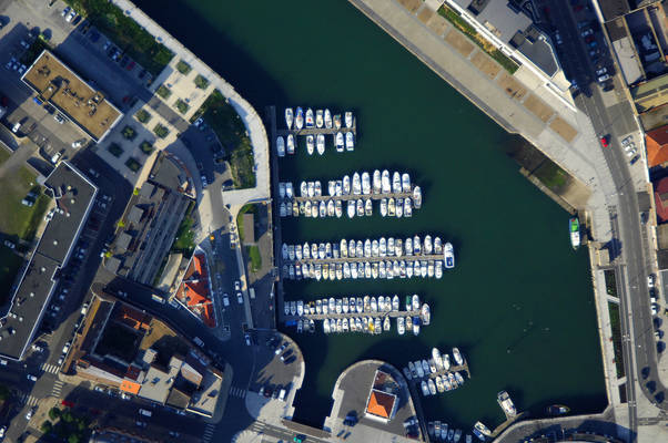 Yacht Club on the Sea of the North