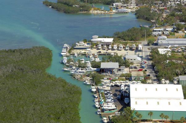Coral Bay Marina