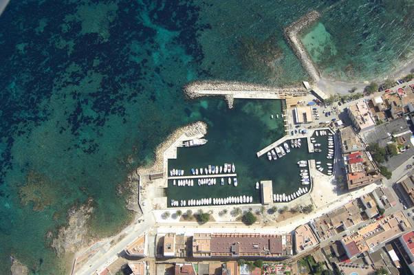 Port Deportiu Cala Bona Marina