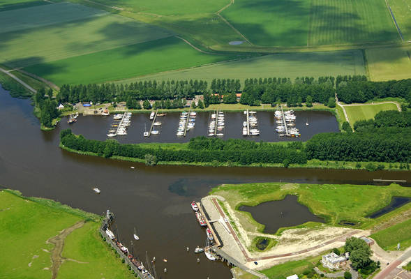 Zoutkamp Yacht Harbour