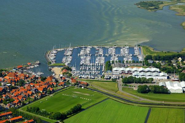 Hindeloopen Yacht Harbour