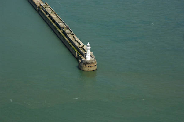 Dover Breakwater West End Light