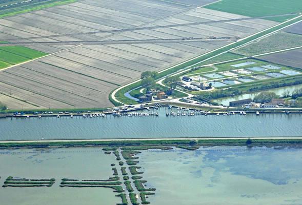 Marina Nuova Di Porto Levante