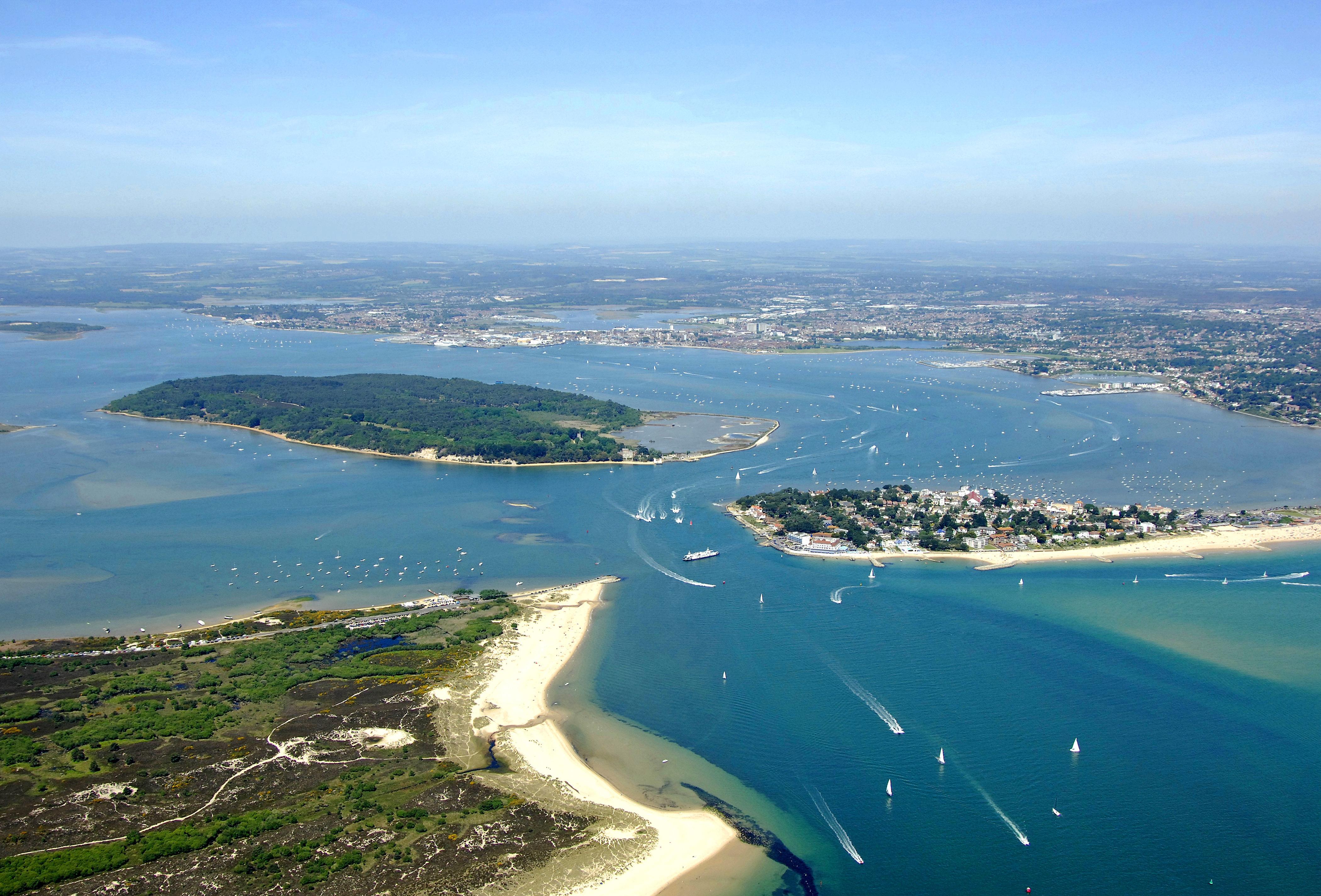 Poole Harbor in Poole, Dorset, GB, United Kingdom - harbor