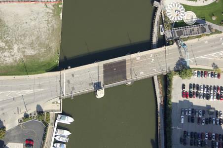 Saint Paul Avenue Bridge