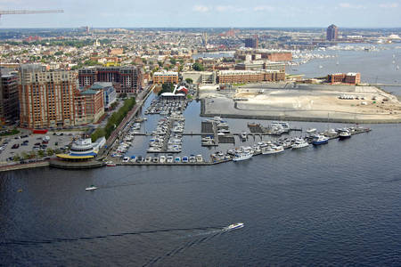Inner Harbor East Marina