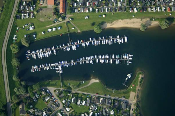 De Honingraat Yacht Harbour