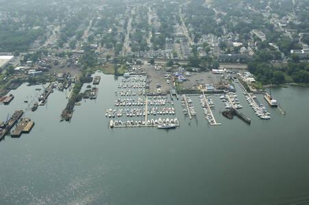Tottenville Marina