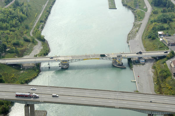 Welland Canal Bridge 4