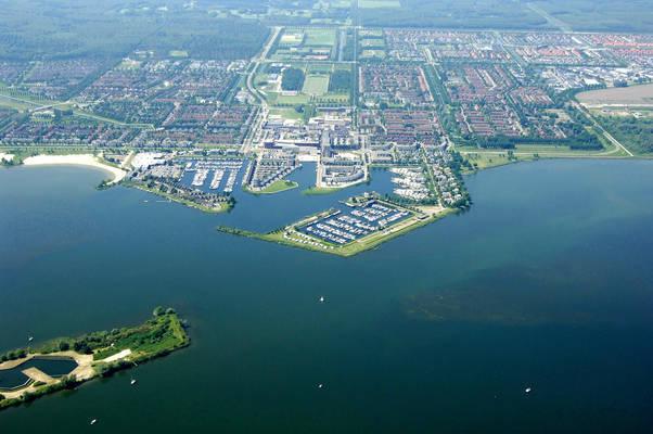 Zeewolde Harbor