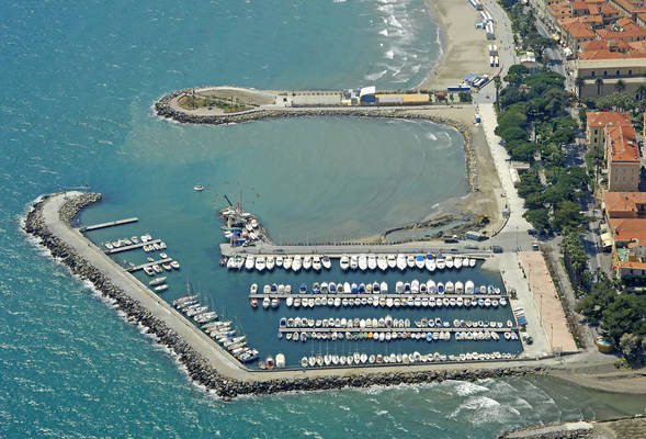Diano Marina Port