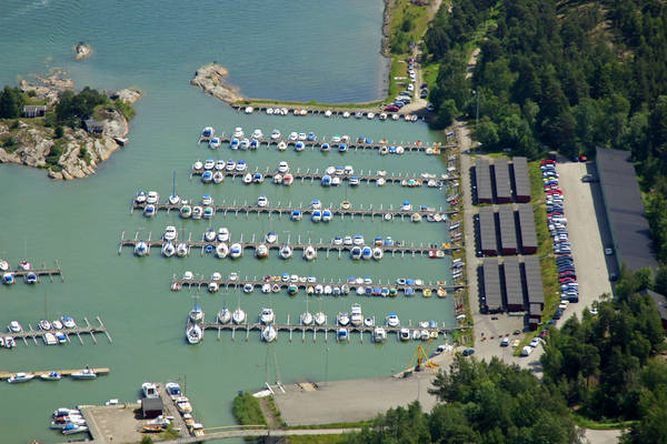 Oxeloesund Motorbaats Marina