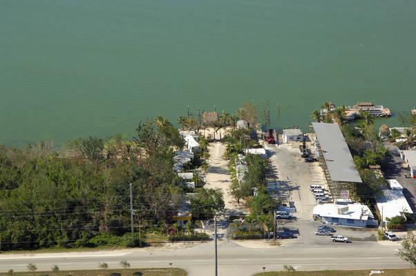 Neptune's Hidaway Motel Marina