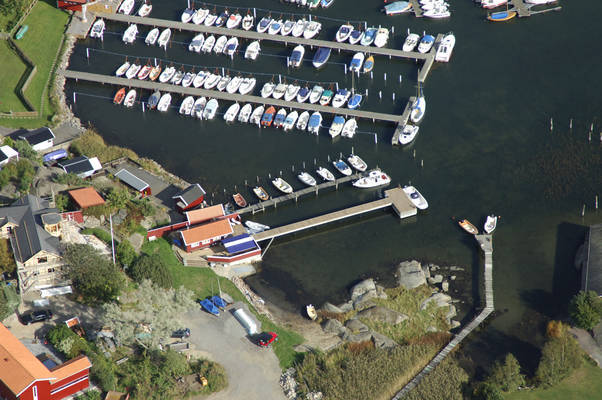 Dragsvagen Road Marina