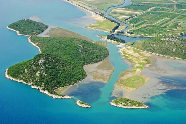 Osinj Harbour