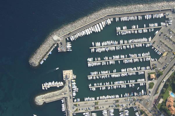 Cavalaire Sur Mer Marina