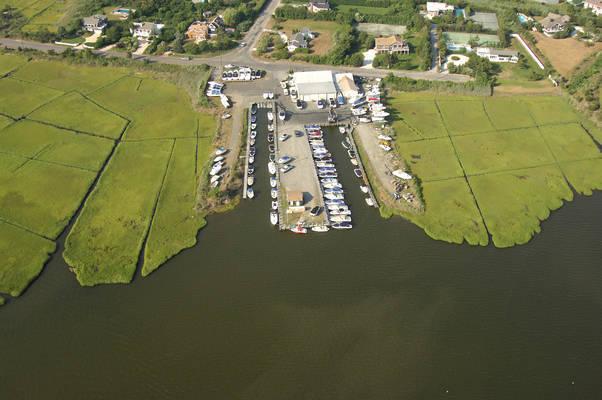 MarineMax Westhampton Beach - Service Center