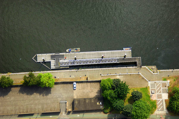 River Clyde Broomielaw Pontoon