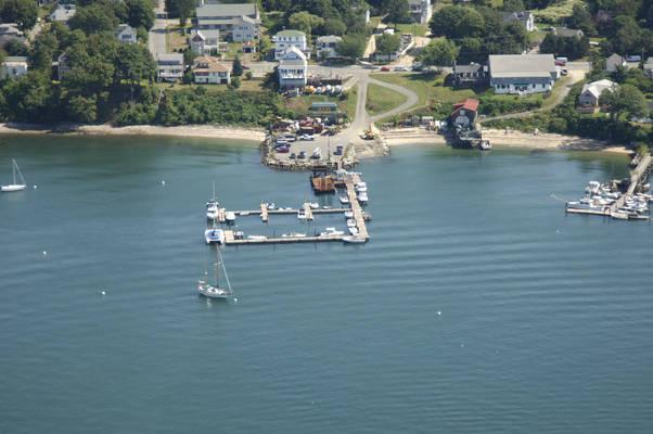 Peaks Island Marina