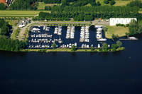 Yachtharbor/Watersportcentrum De Eemhof
