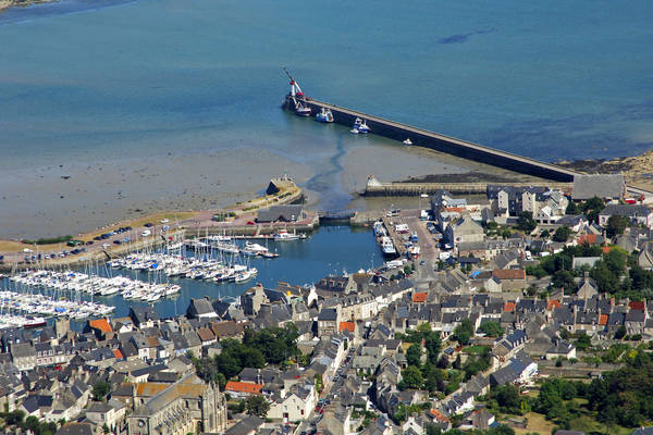 Saint Vaast La Hougue Lock