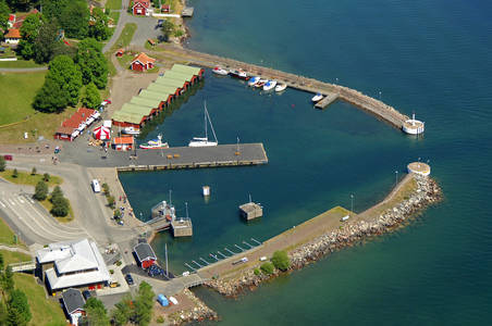 Visingsoe Faerjehamnen Marina