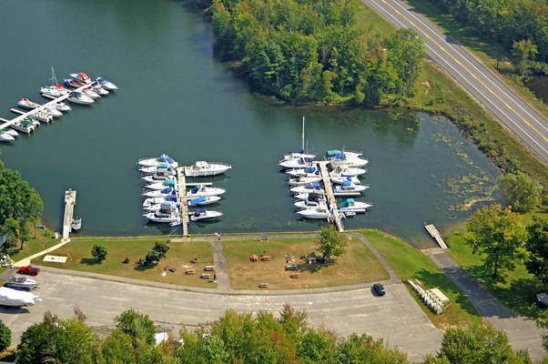 Coles Creek Marina