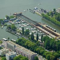 Sixhaven Watersport, Dock and Shipbuilding