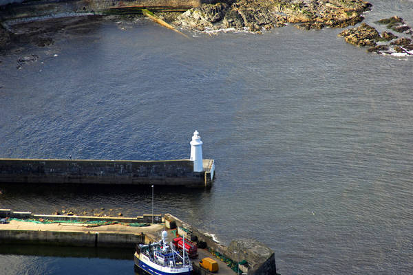 Macduff Pier Light