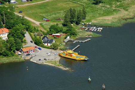 Vikbolandet Ferry