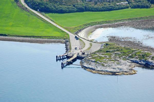 Roysa Ferry