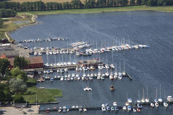 Præstø Søsportcenter, Midterhavnen