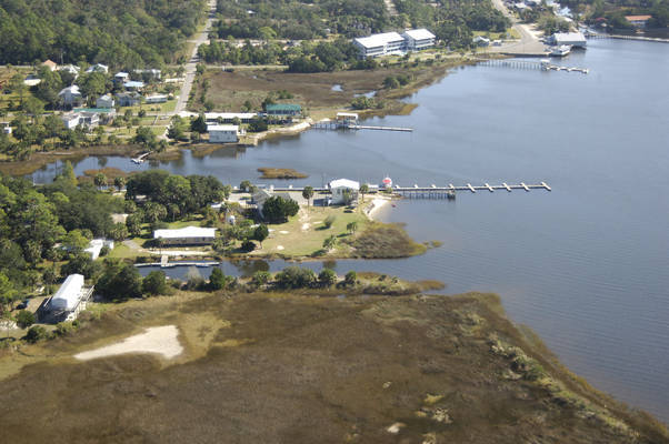 Wood's Gulf Breeze Marina & Campground