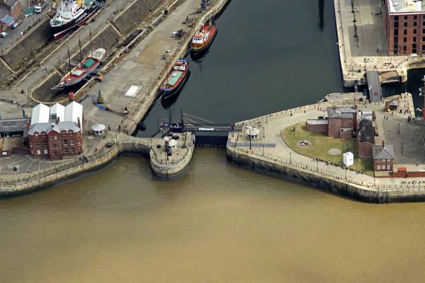 Canning Dock Lift Bridge & Dock