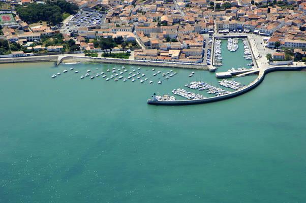 La Flotte En Re Marina